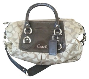 Coach Canvas Classic Logo Shoulder Bag