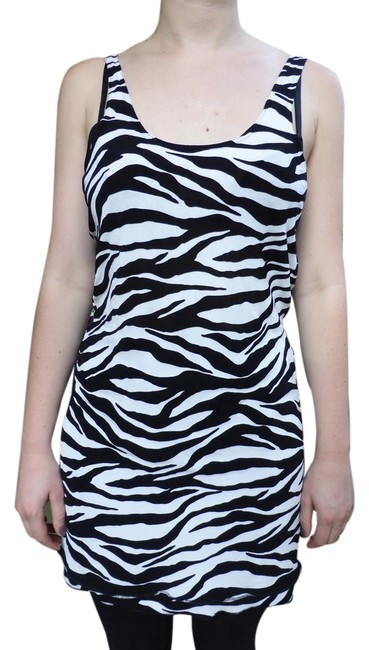 Preload https://img-static.tradesy.com/item/10848172/zebra-striped-black-and-white-parisnew-york-above-knee-short-casual-dress-size-6-s-0-1-650-650.jpg