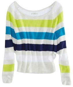 American Eagle Outfitters Slouchy Raglan Cropped Sweater