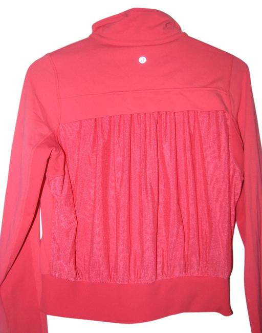 Item - Hot Pink Tadasana Jacket Activewear Outerwear Size 8 (M)