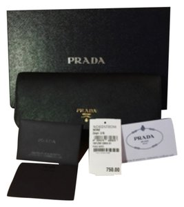 Prada Prada Wallet On Chain Cross Body