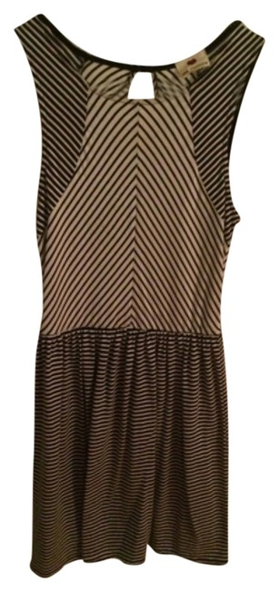 Preload https://img-static.tradesy.com/item/10852438/marshalls-black-white-striped-and-cotton-comfortable-mod-office-work-above-knee-short-casual-dress-s-0-1-650-650.jpg