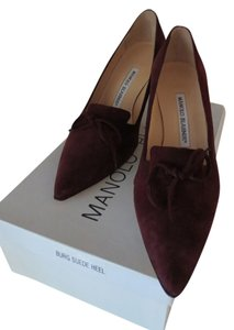Manolo Blahnik Brand New Burgundy Suede Pumps