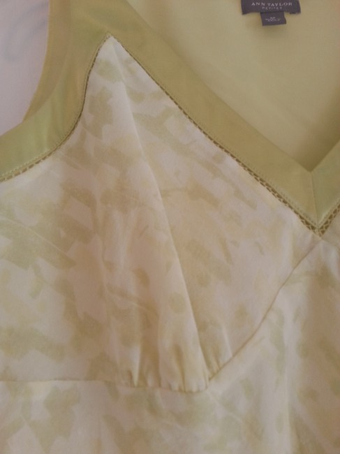 Ann Taylor Camisole Silk V-neck Sleeveless Top pale lime green