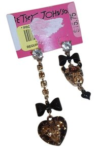 Betsey Johnson Betsey Johnson Hollywood Glam Mismatch Leopard Heart Dangle Earrings NWT $45