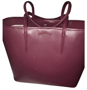 Lacoste Tote in Cabernet