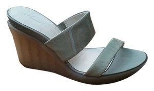 Kenneth Cole Sea Foam Wedges