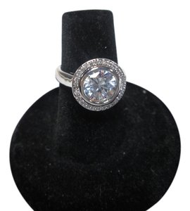 Lia Sophia NEW, lia sophia showdown ring, size 8