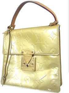 Louis Vuitton Satchel in Yellow/Gold
