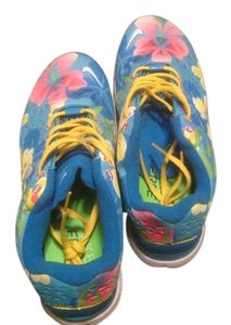 Nike Blue floral Athletic