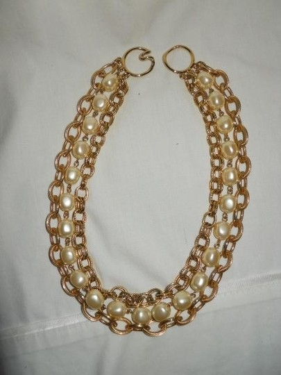 unknown Faux pearl triple chain Image 6