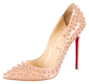 Christian Louboutin Nude Tan Patent Patent Leather Pointed Toe Stiletto 38.5 8.5 Pigalle So Kate Spike Studded Embellished Textured New Beige Pumps