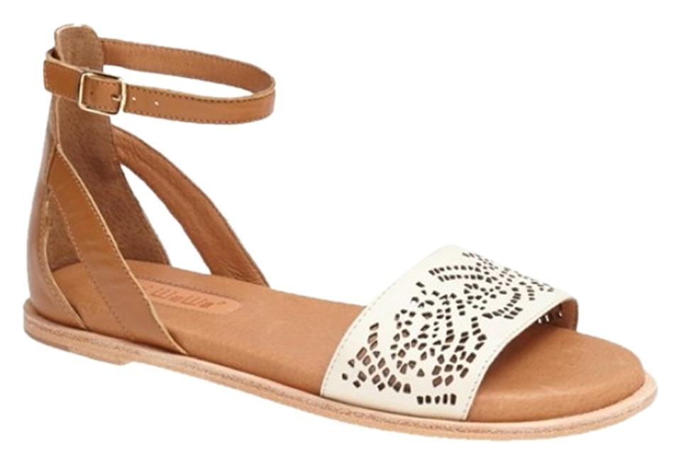 Gee WaWa Off Hip White Beige Cutwork Miley Hip Off Laser Cut Padded Flat New Sandals 2003b3