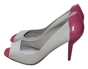 Nine West Peep Toe Heels Pink / Nude Pumps