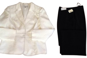 John Meyer of Norwich White Baroque Blazer / Pant Suit