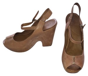 Naturalizer Wedges