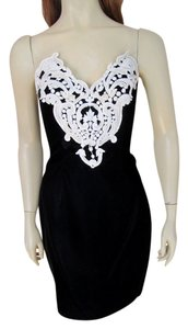 Jessica McClintock Vintage Gunne Sax Velvet Brocade Embellished Sequin Beaded Sheath Mini Party Formal Velvet & White Lace Lace Trim Dress