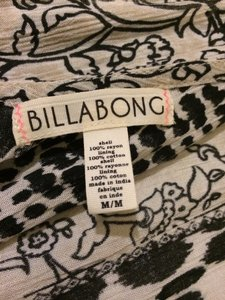 Billabong short dress Print Flowy Beachwear Summer Cute on Tradesy