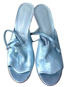 Sigerson Morrison PEARLIZED BLUE Wedges