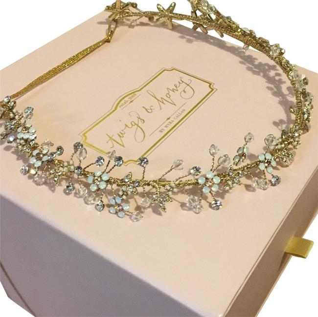 Item - Clear Light Pink Hair Accessory