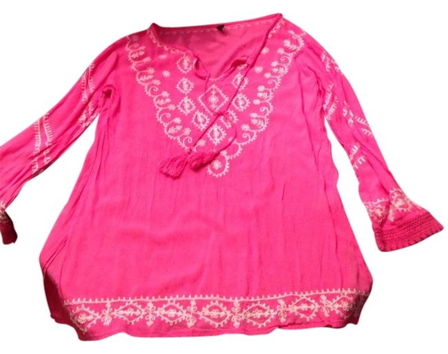 Preload https://item1.tradesy.com/images/pink-tunic-size-4-s-1088760-0-0.jpg?width=400&height=650