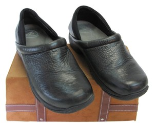 Dansko Size 9.50 Very Good Condition Black Flats