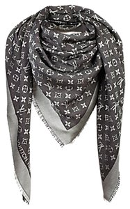 Louis Vuitton Louis Vuitton Monogram Denim Shawl M71378 Black