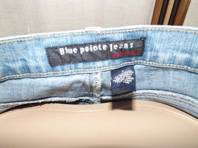 Blue pointe Jeans Embroidered Butterflies On Front And Back Of Small Size 3/26 Size 3 Small Flare Leg Jeans-Light Wash