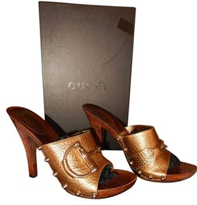 Gucci Studded Size 6 Italian Sandals Brown/Teak Mules