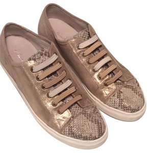 Kenneth Cole Frosted Leather Sneaker Double Trouble Lady Snakeskin Gold Athletic
