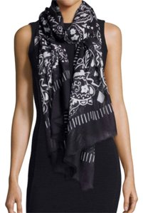 Neiman Marcus Neiman Marcus Black And White Flower Heart Print Modal Scarf New w Tags