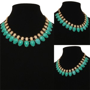 New Aqua Green Stone Gold Chain Statement Necklace