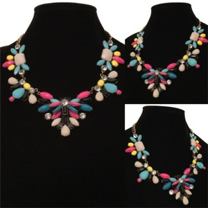 Other New Pink Multicolor Stone Burnished Gold Chain Flower Statement Bib Necklace