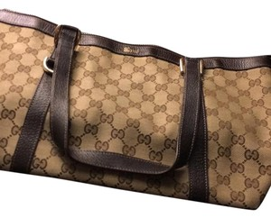 Gucci Satchel in brown beige