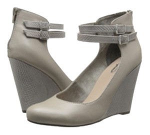 Seychelles Gray Pumps