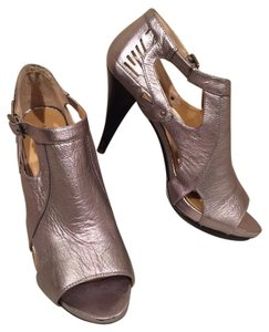Nine West Silver Mule Bootie 1970's Inspired Pewter Pumps