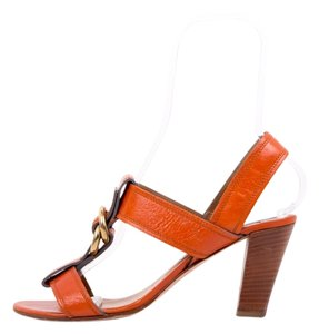 Chloé Orange Pumps