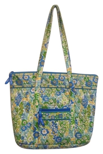 Preload https://img-static.tradesy.com/item/1090758/vera-bradley-english-meadow-multi-cool-tones-tote-0-0-540-540.jpg