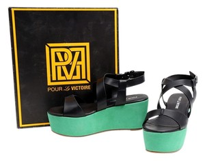 Pour La Victoire Green Sandal Black/Green Wedges