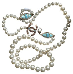 Chanel Chanel White Pearl Necklace Belt with Gem Stones 40