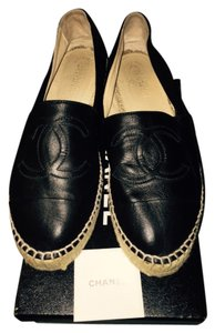 Chanel Black Lambskin leather Flats