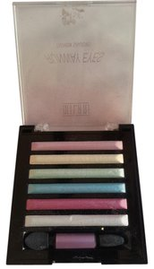 Antonio Melani MILANI RUNWAY EYES FASHION SHADOW PALETTE
