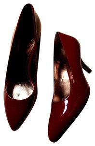 Isola Classic Genuine Patent Leather Kitten Heel Merlot Pumps
