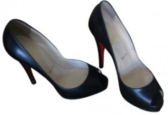 Preload https://item2.tradesy.com/images/christian-louboutin-black-pumps-size-us-75-regular-m-b-1091-0-0.jpg?width=440&height=440