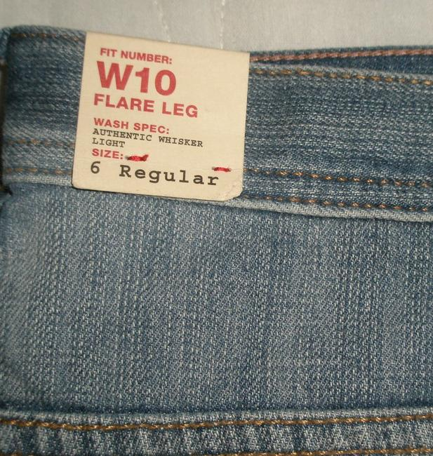 Express Classic 5 Pocket Style *low Rise *zip Fly Opening Light Whisker Wash *cotton/Spandex *machine Washable Flare Leg Jeans-Light Wash