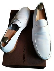 Louis Vuitton Leather Mens Loafer white Flats