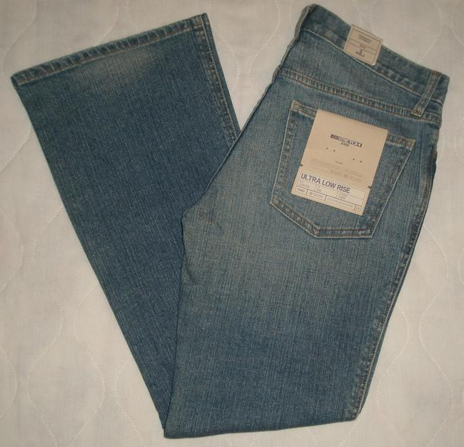 Gap Classic 5 Pocket Style *ultra Low Rise *zip Fly Crosshatch Wash *slim Opening *machine Washable *cotton/Spandex Flare Leg Jeans-Light Wash