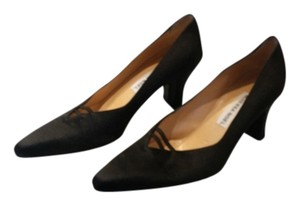Vanessa Noel Black Pumps