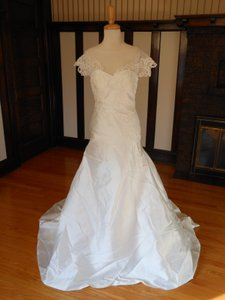 Pronovias Off White Satin Debra Destination Wedding Dress Size 12 (L)