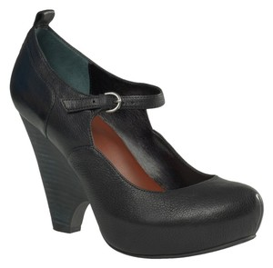 Max Studio Niko Mary Jane Black Wedges